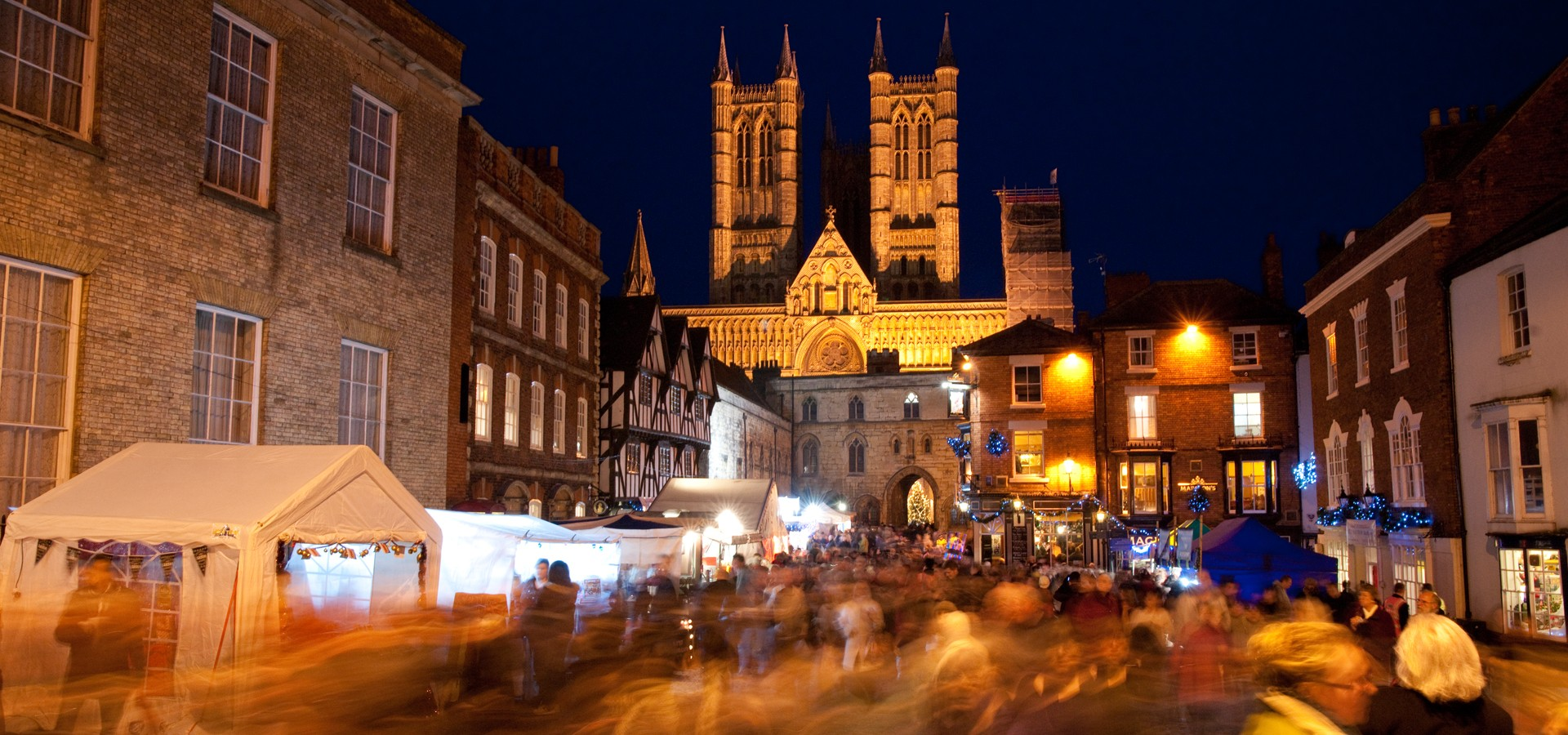 home england celebrate christmas in historic lincoln - How Does England Celebrate Christmas
