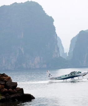 Seaplane - Halong Bay