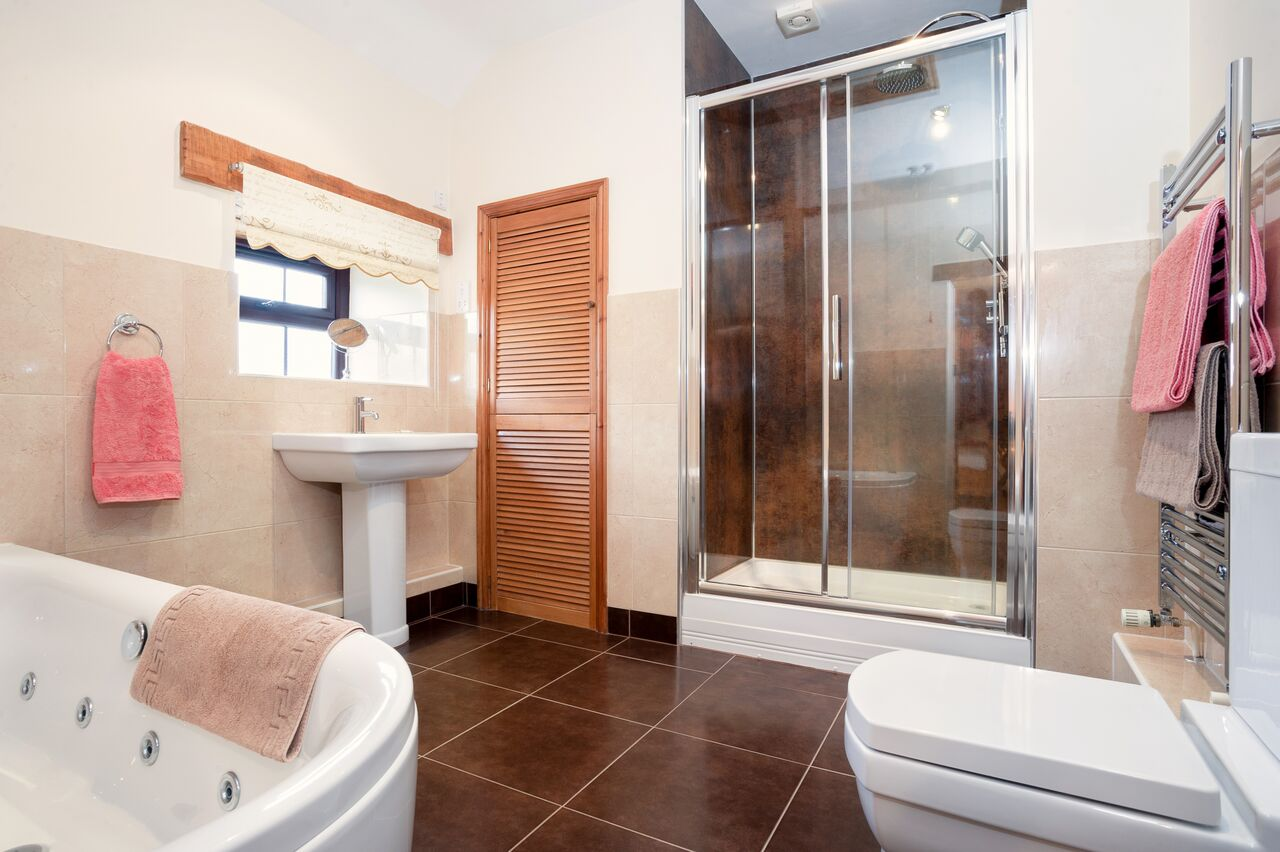 Wheal Jane Bathroom Top Tourist